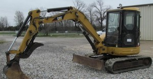 2006 Caterpillar 304CR 15000 euro
