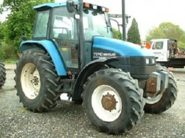 2000 New Holland TS110-13000 euro