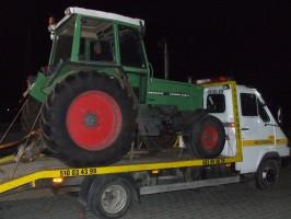 transport maszyn rolniczych laweta