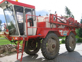 Opryskiwac samojezdny BBG S400 36m belki, 3200 litrow zbiorn