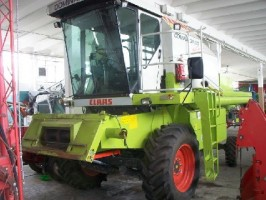 Kombajn Claas Dominator 150 HD